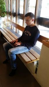 Klass 9 kan förfoga över en  egen Chromebook som används i undervisningen.