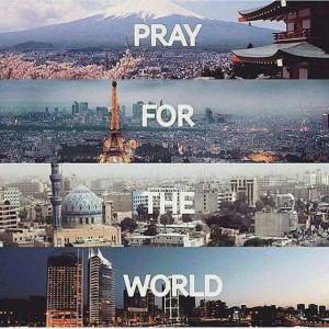 Våra elever bad för världsfreden.